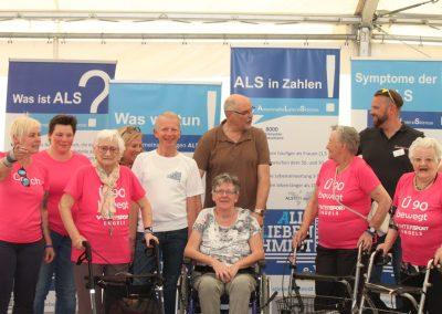 Der Verein ALS-Alle Lieben Schmidt e.V. ist ebenfalls vertreten. Der Selbsthilfeverein wurde 2016 für Menschen gegründet, die an ALS erkrankt sind und bietet Betroffenen und ihren Angehörigen Beistand und Beratung. Durch eingenommene Spenden, wird die Gesundheitsförderung von ALS-Betroffenen unterstützt